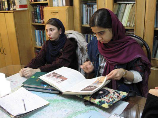 IMG_0290-533x400 سومين جلسه شوراى مشورتى نوجوانان فرهنگنامه در سال ١٣٩٧