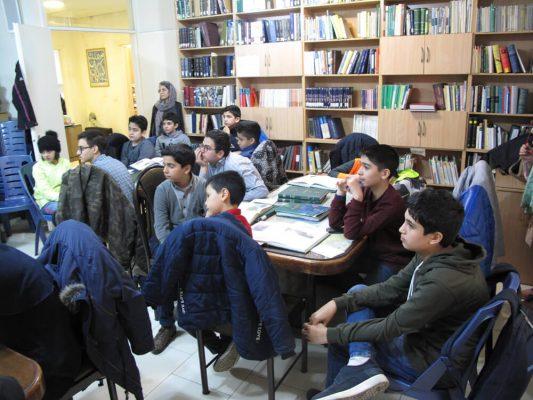 IMG_0298-533x400 سومين جلسه شوراى مشورتى نوجوانان فرهنگنامه در سال ١٣٩٧